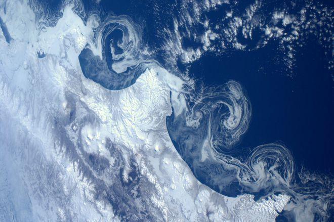 Ледяные спирали