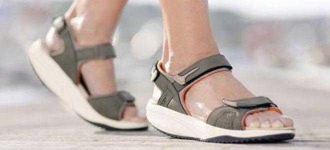 женские туристические сандалии