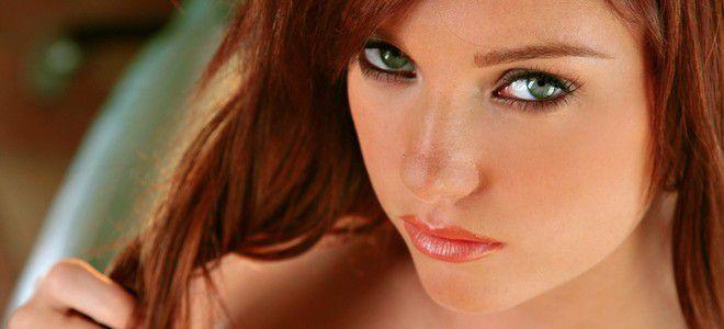 рыжие волосы зеленые глаза
