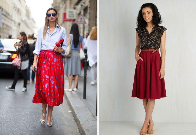красная трикотажная плиссированная юбка