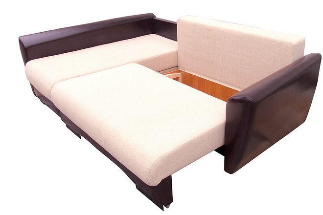 угловой диван-еврокнижка со спальным местом