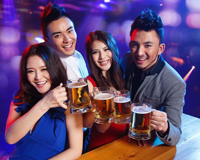 доступный алкоголь и сигареты