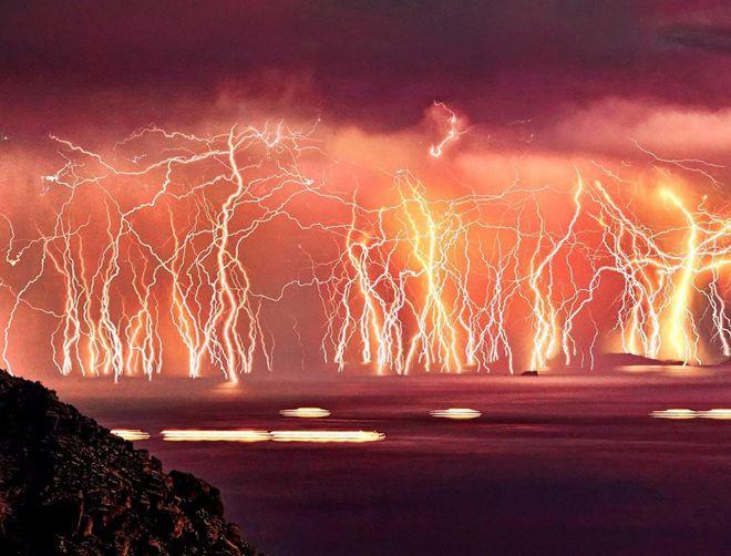невероятные молнии