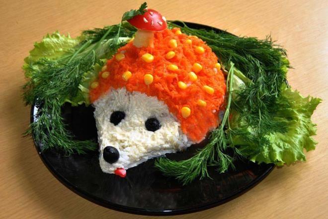 Салат в форме ежика