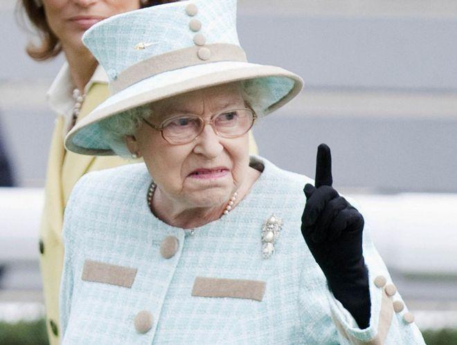 И еще немного неудачных фото британской королевской семьи :-) хулиганство, королевские династии, монархия