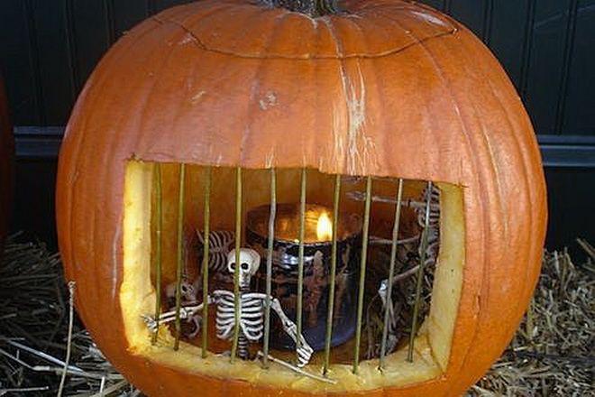 тюремная камера для скелетов