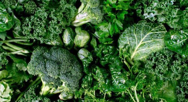 Зеленые лиственные овощи