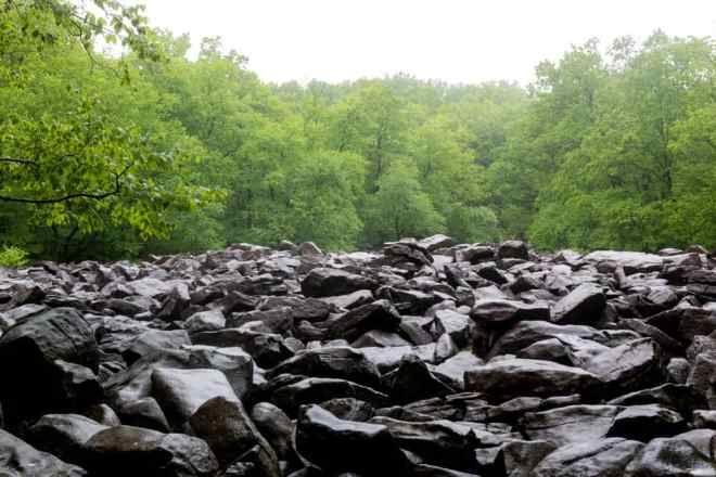 Парк звенящих камней
