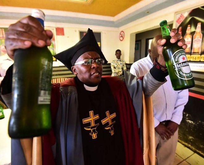 церковь выпивки африка