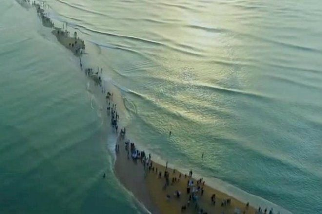 Пляж Поннани