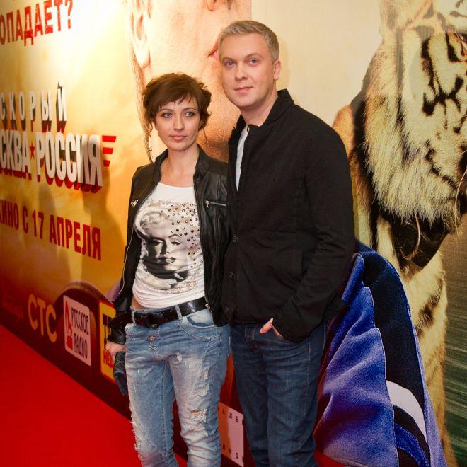 фото светлакова с женой на премьере жених экране этот человек