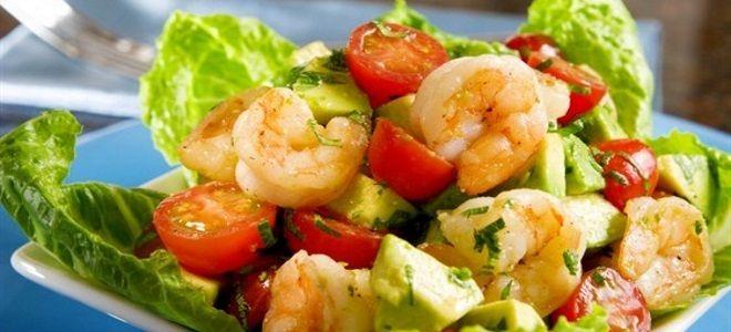 простой салат с авокадо и креветками
