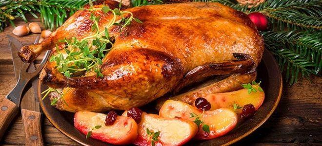 рецепт утки в духовке целиком с яблоками