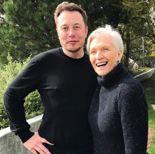 Мэй Мас с сыном Илоном Маском