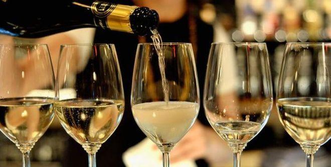 Шипучее вино