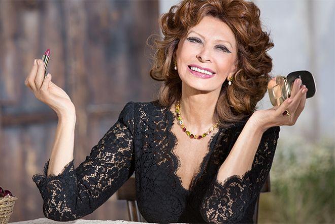 Стала лицом Dolce & Gabbana в 81 год