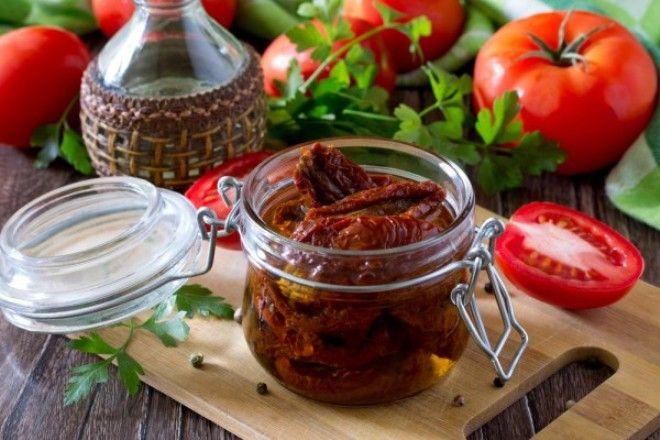 Томат и растительное масло