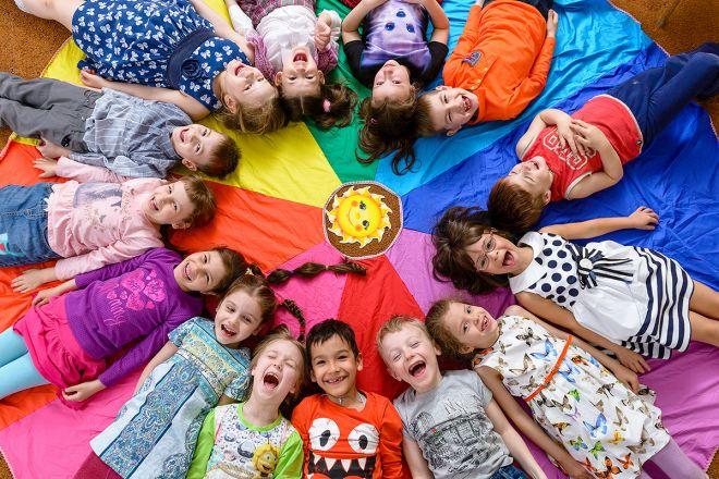 Количество детей в группе и распорядок дня