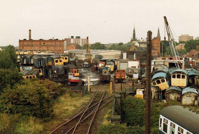 Свалка поездов в городе Барри