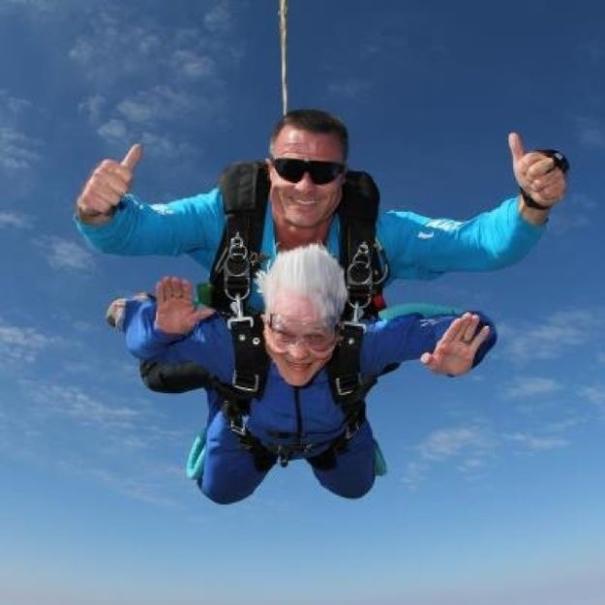 С парашюта