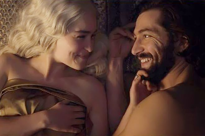 Эмилия кларк про секс в сериале
