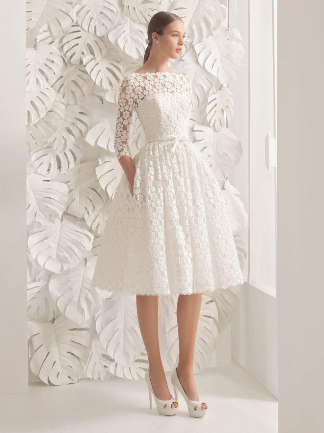 Первое короткое платье
