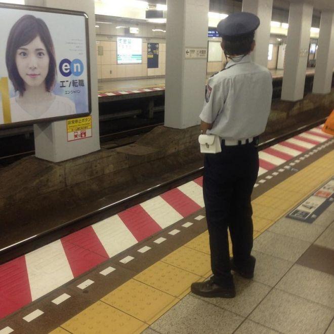 Токийское метро - самое загруженное в мире