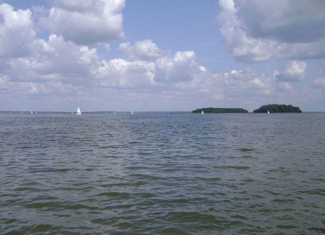 Озеро Снярдвы в Польше