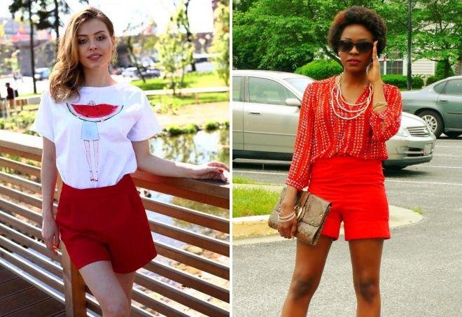 завышенные красные шорты