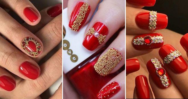 Manicure merah dengan kaldu emas