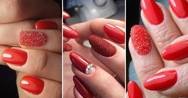 Manicure merah dengan kaldu telus