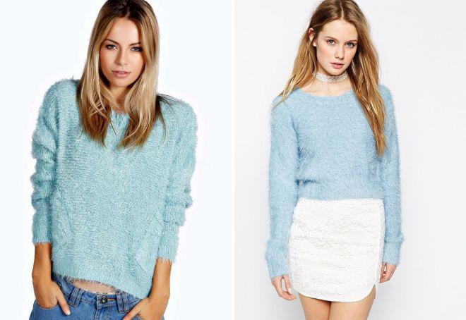 голубой пушистый свитер