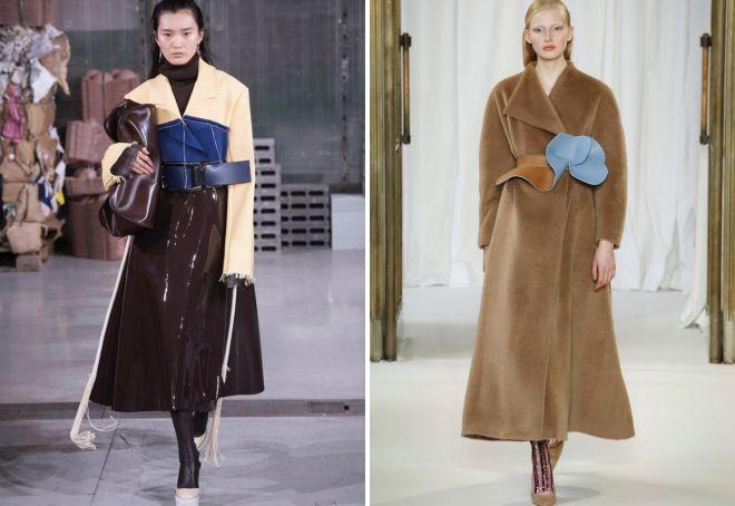 چه چیزی تحت یک کت بلند پوشیدن؟