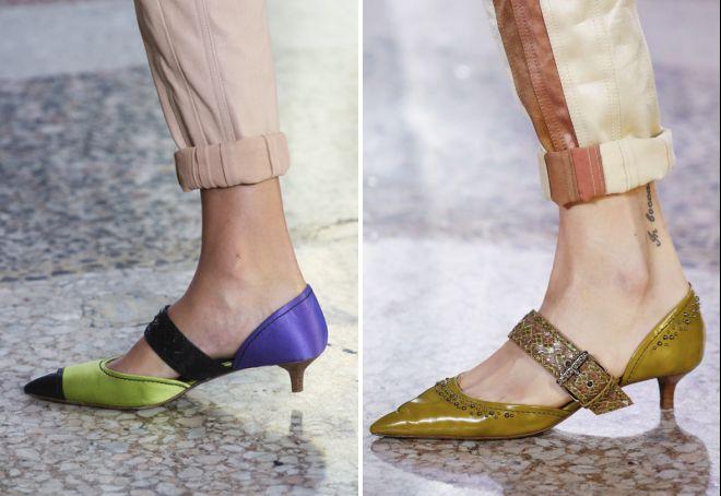 остроносые туфли на низком каблуке