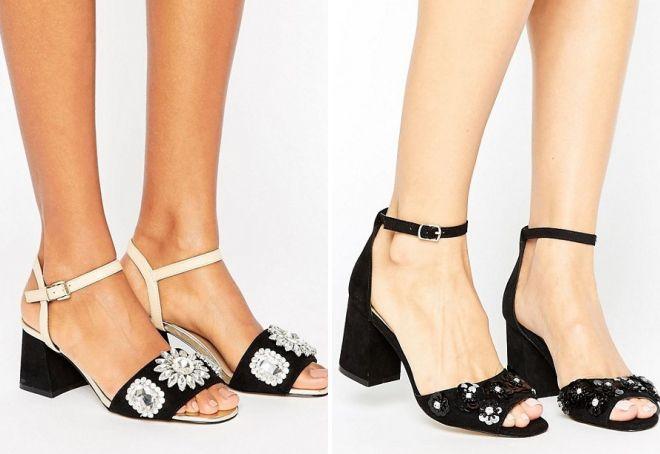 черные босоножки на каблуке с ремешком