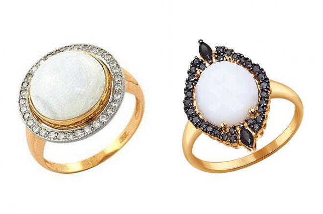 золотое кольцо с белым агатом