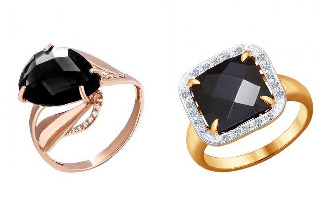 кольцо с черным агатом в золоте