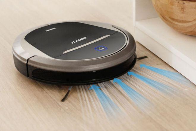 Как работает моющий робот пылесос
