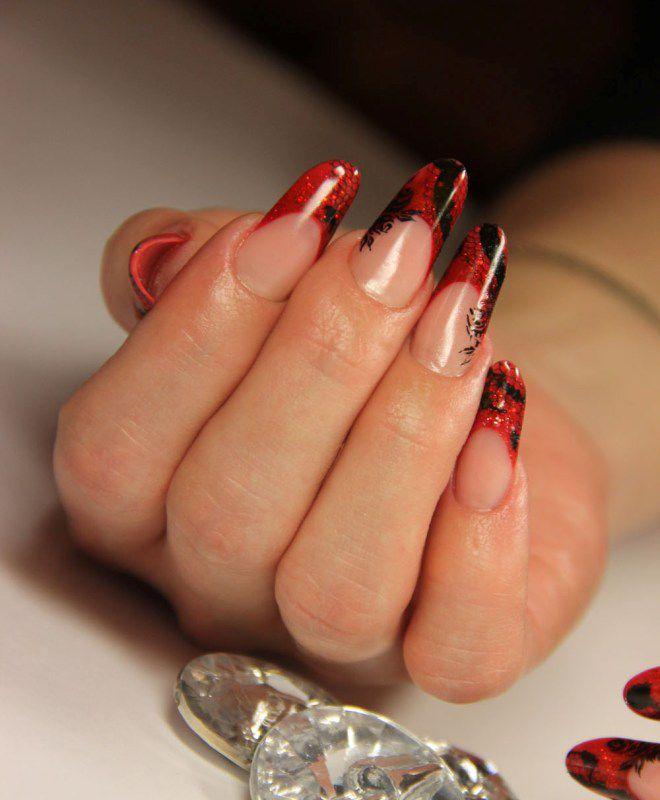 француски маникир на пет долги нокти