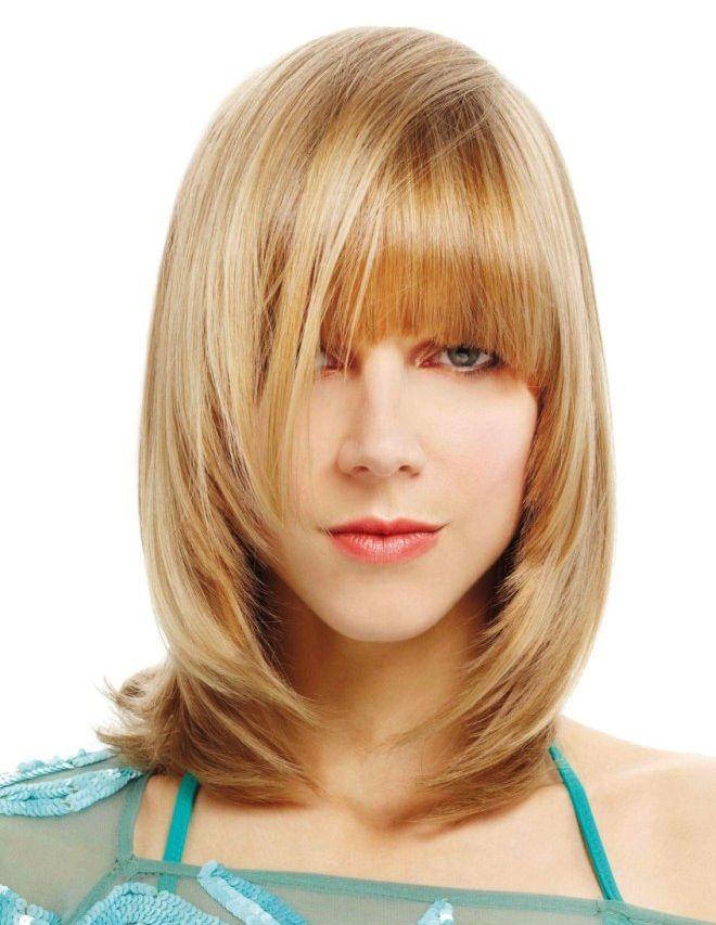Стрижка лесенка на средние волосы три