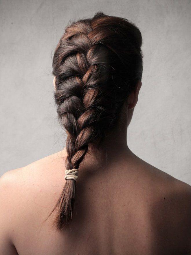 Простые ежедневные прически на длинные волосы четыре