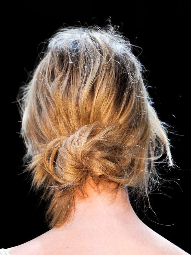 Простые ежедневные прически на средние волосы восемь