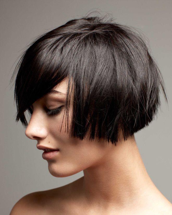 Рваный боб на средние волосы раз