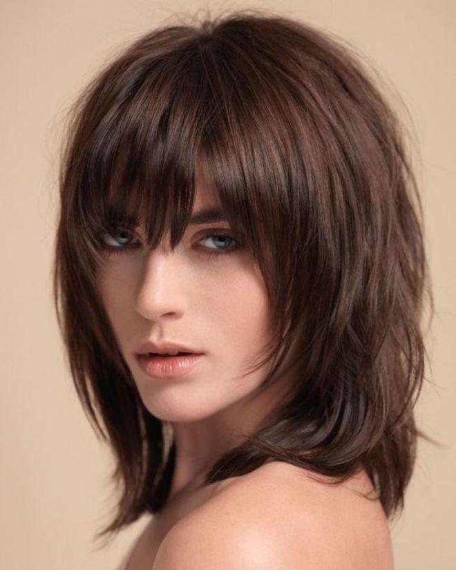 Стрижка боб каскад на средние волосы три