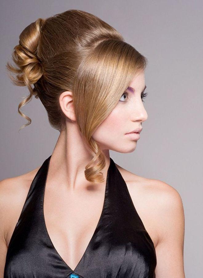 تسريحات الشعر في المساء لأوقات الشعر الطويل