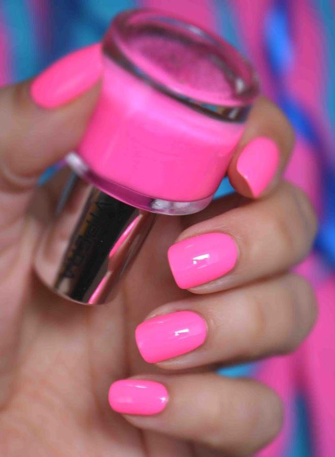 Manicura rosa brillante dos
