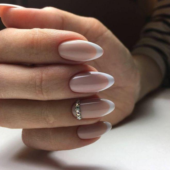 Маникюр нюд на длинные ногти четыре