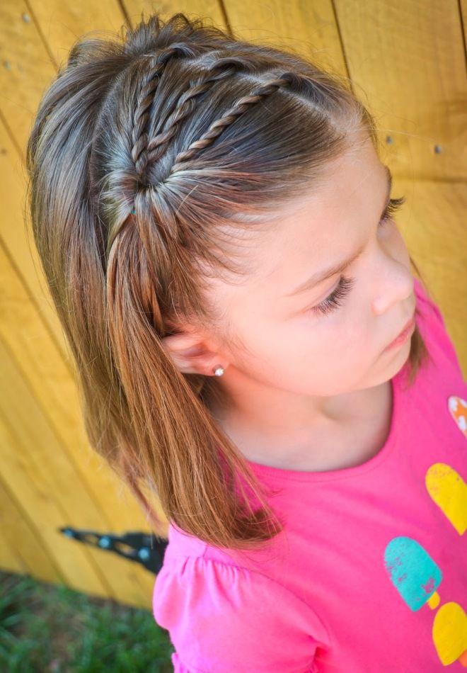 Прически на средние волосы для девочек три