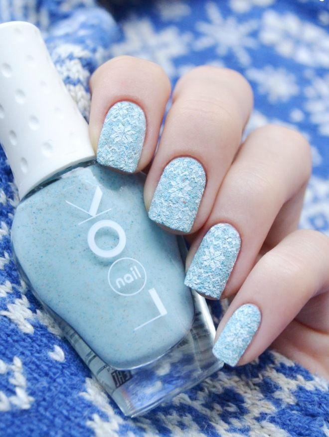 suave manicura azul terciopelo