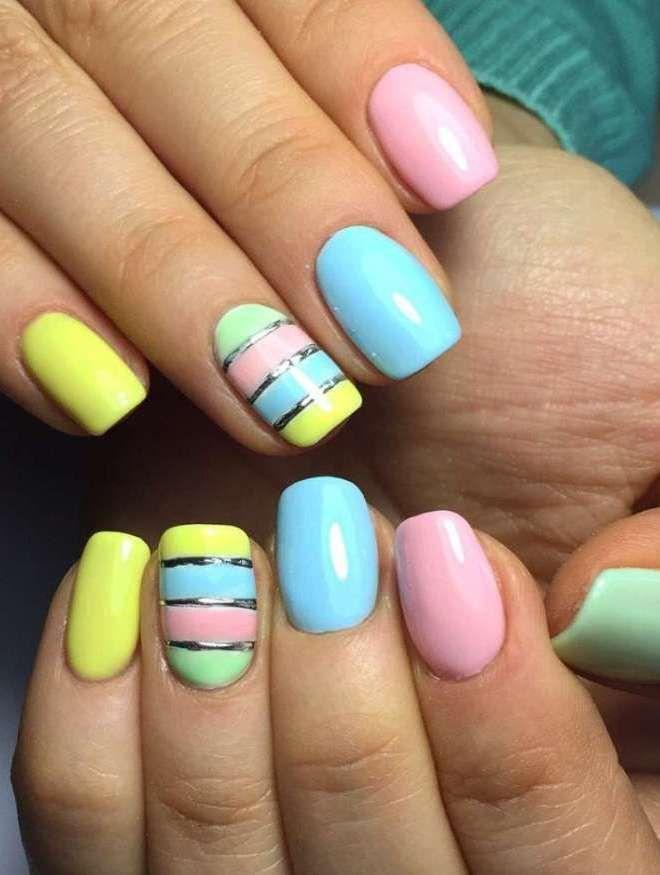 manicura multicolor delicada uñas diferentes